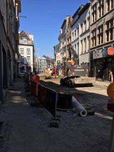 In de Lange Koepoortstraat wordt opnieuw gewerkt.