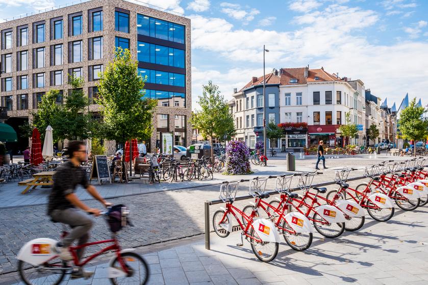 Troonplaats , Antwerpen (foto: Frederik Beyens)